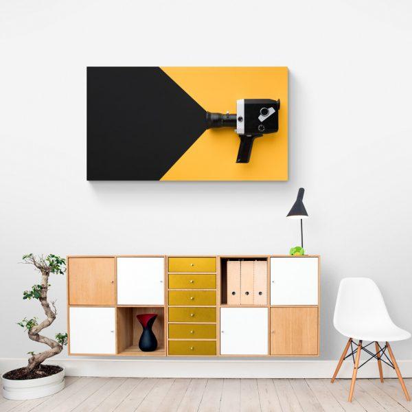 minimalistichna-kartina-s-retro-kamera
